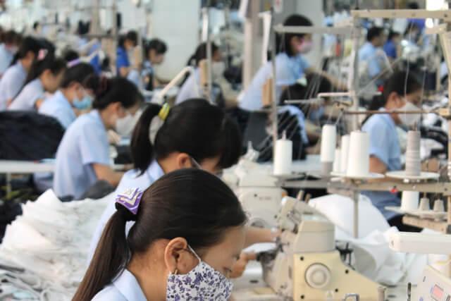 海外縫製工場