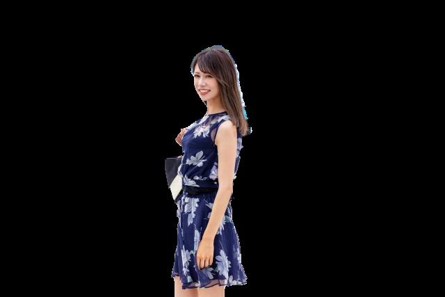 Adobe Sparkで透過処理した女性の画像