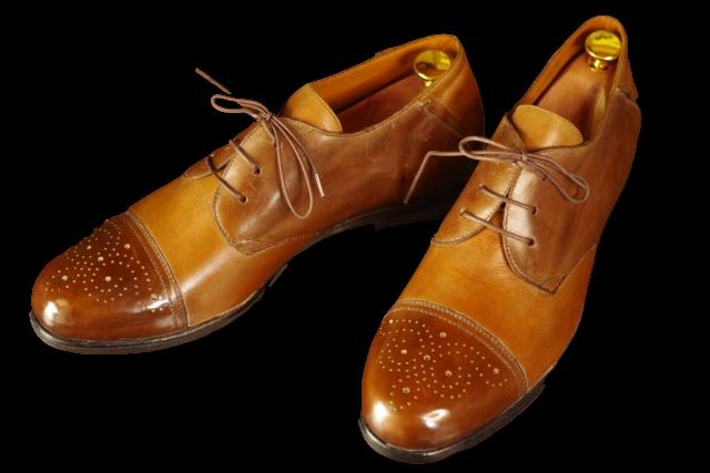 Adobe Sparkで透過処理した革靴の画像